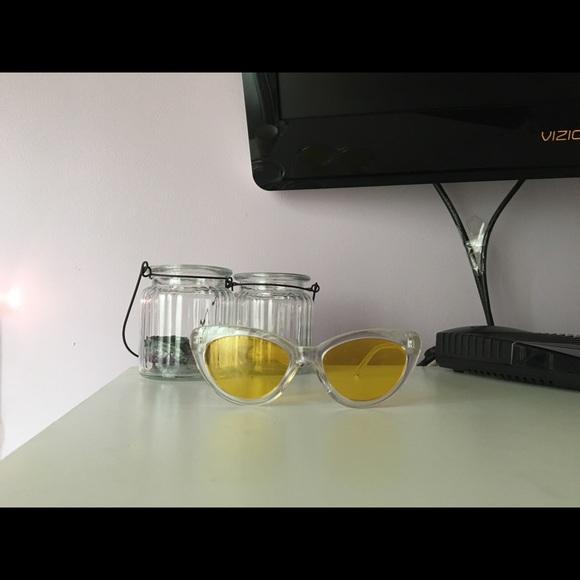 Forever 21 Accessories - Retro clear sunglasses